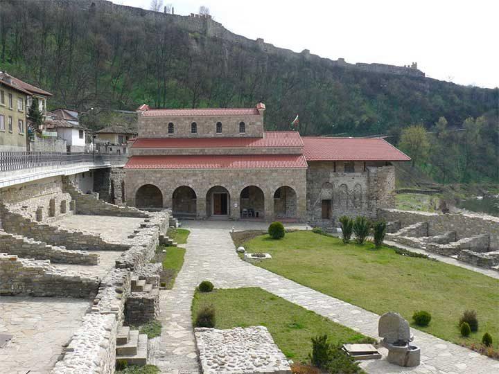 La Iglesia donde se leyó el Manifiesto de la Declaración de Independencia de Bulgaria